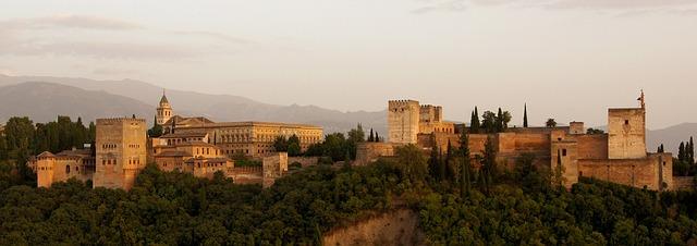 Sitios turísticos españoles legendarios. Foto: skeeze, Pixabay